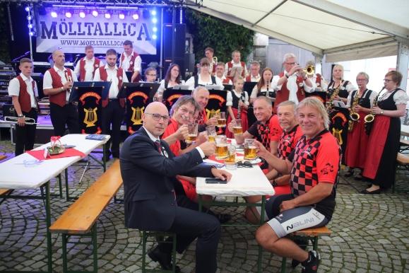 Europa-Abend, Autenhausner mit Radfahrern